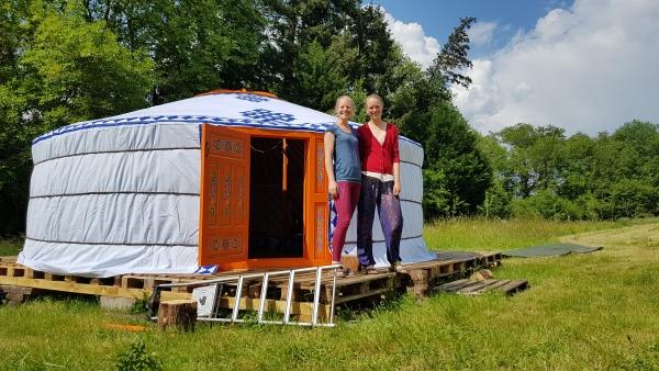 De Yurt van Sina en Michel